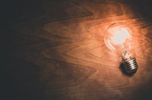 arbeidsmarkt innovatie idee licht lampen bol gloeilamp
